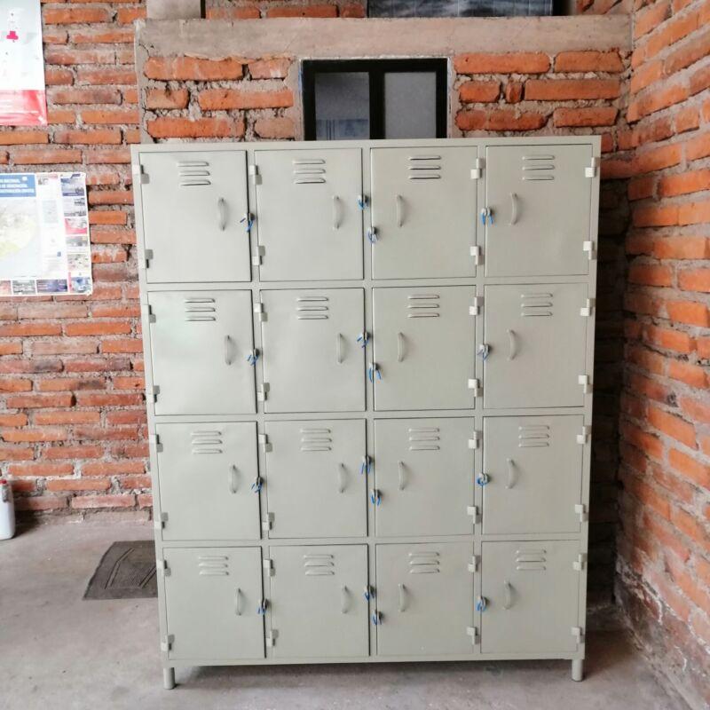 Locker 16