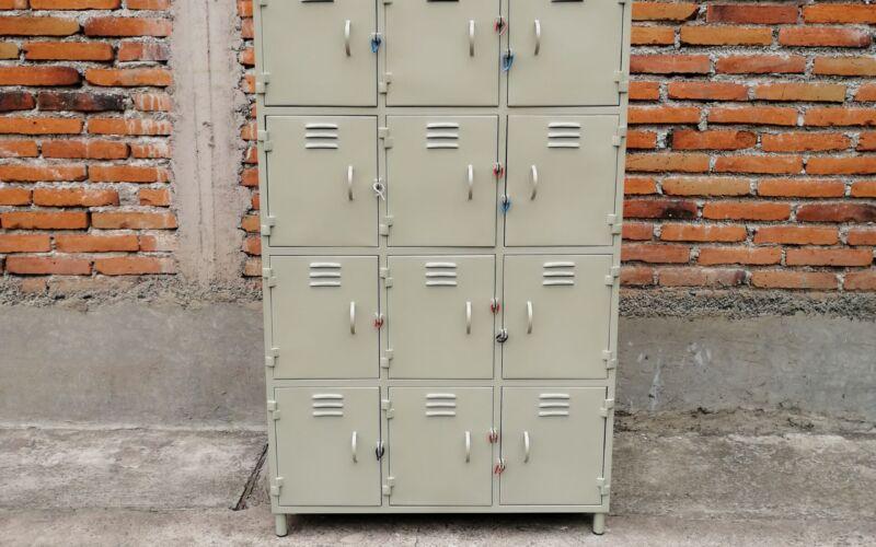Locker 12